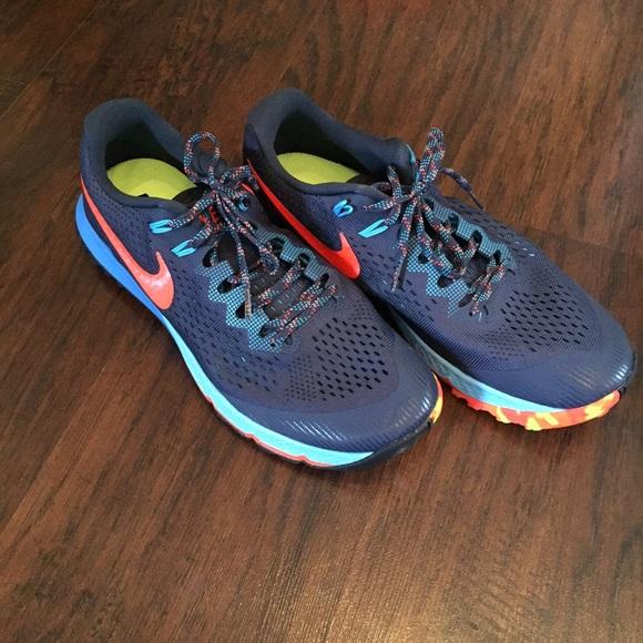 Nike scarpe Uomo   Uomo scarpe Zoom Terra Kiger 4   Poshmark e9d508